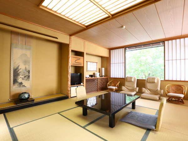 【和洋室】広々と明るい角部屋です