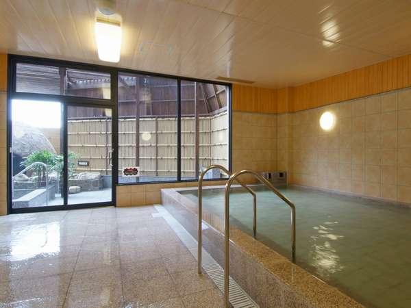 天然温泉みかさの湯でゆっくりとお過ごし下さい。また開放感ある露天風呂もお勧めです。