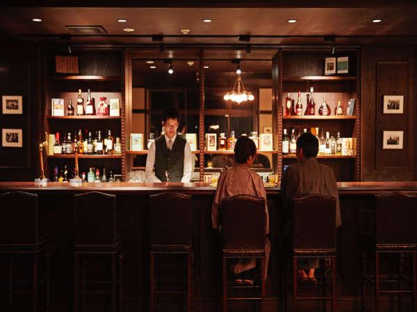 蔵書Lounge&Bar◆お気に入りの本を見つけて、美味しいお酒と一緒に