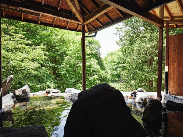 天与の湯◆渓谷を一望できる女性専用露天風呂
