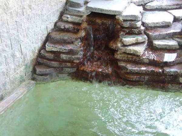 *ゆうすげ温泉は地下400数十メートルより湧出する天然温泉