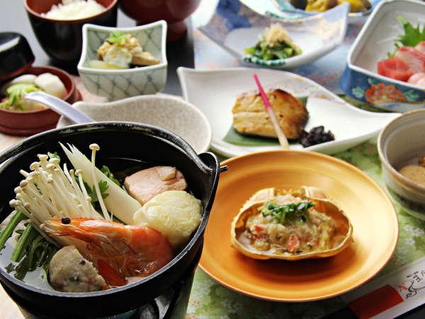 ◆【冬季・ご夕食一例】日本海の幸を中心とした会席料理7品+お食事コースです。