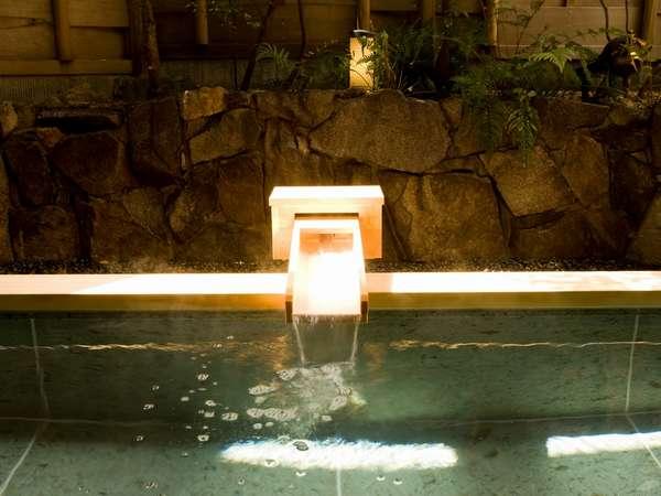 なめらかなお湯 大浴場露天風呂