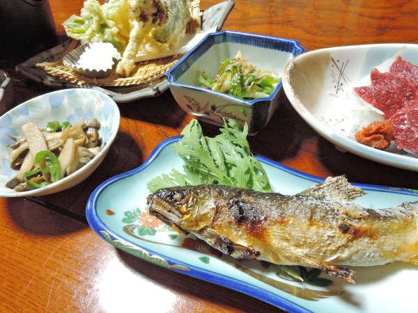 【夕食/一例】一つひとつの素材を存分に味わえるお料理をご提供します。