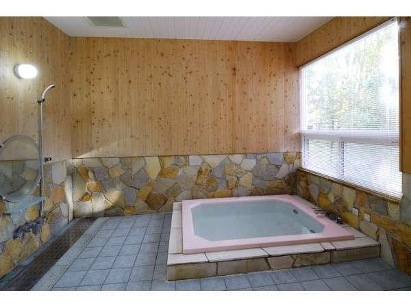 お部屋ごとに貸しきれるジェット風呂