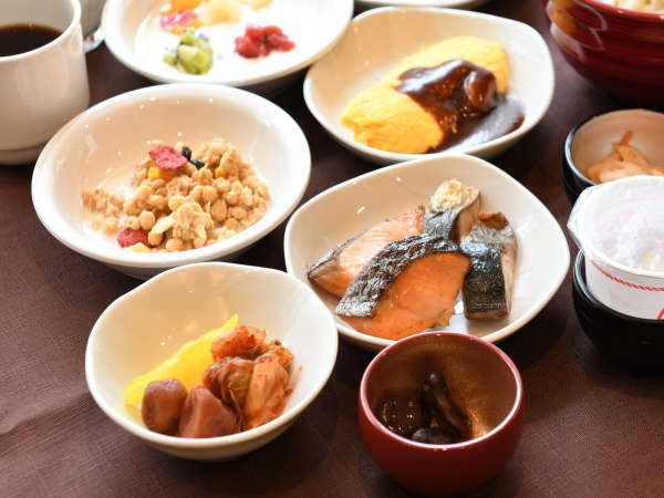 ◆和食もふんだんに取り揃えております