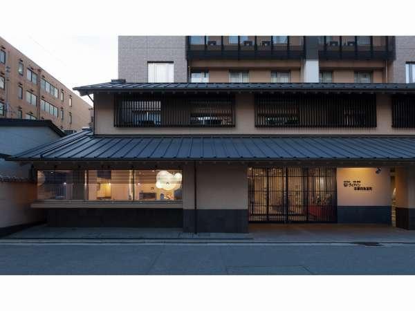 ヴィアイン京都四条室町外観写真です