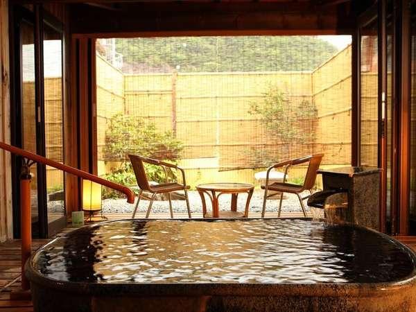 ■貸切風呂■2階 陶器風呂