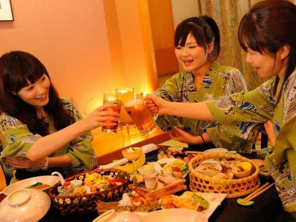 女の子同士でワイワイ女子旅♪(ご夕食は会食場又はレストランでのご案内となります。)