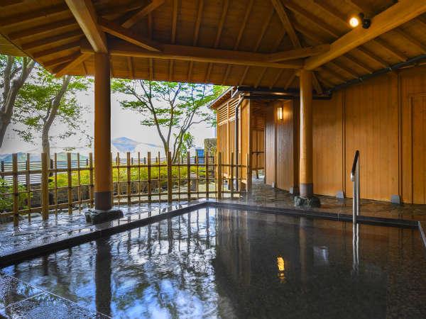 【大浴場】星を眺め、のんびり寛げる露天風呂