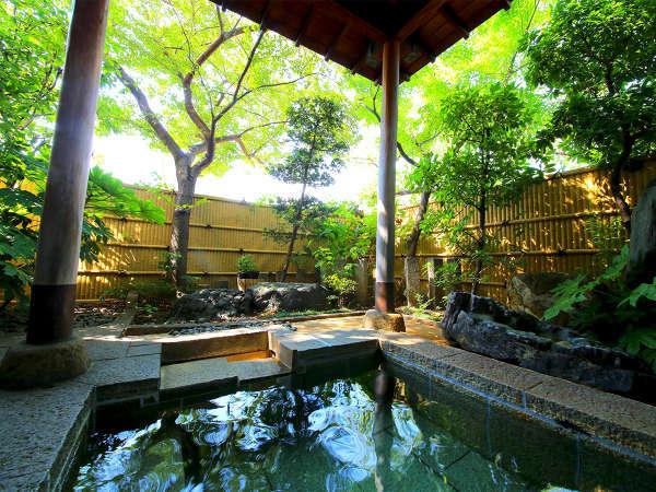 ■庭園露天風呂■四季によって表情を変える和の空間に日常を忘れてホッ・・・っと一息