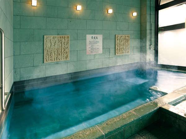炭酸泉:炭酸ガスが、肌から体へ働きかけます。疲れやストレス解消から美肌まで多くの効果があります。