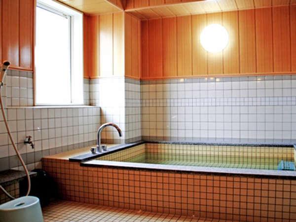 【共同浴場】疲れた体をほっこり♪16時から翌朝9時まで入浴可能です♪(男女別にあり)
