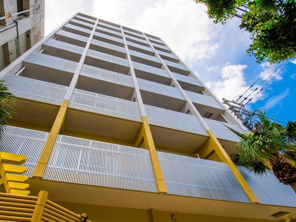 2017年3月に新築。建物は9階建て。