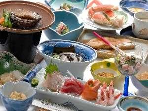 【坪田旅館】自然に恵まれた閑静な温泉郷、新鮮な魚介類も満喫出来る.全室禁煙