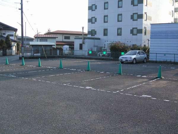 ホテル駐車場完備(25台)