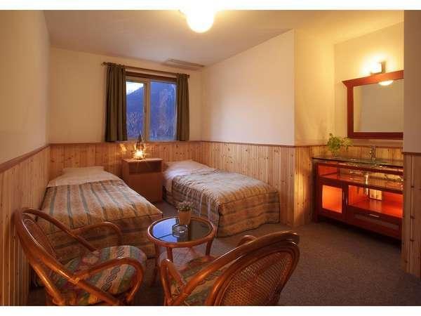 2名部屋 シンプルなお部屋です。【トイレ・独立洗面付き】