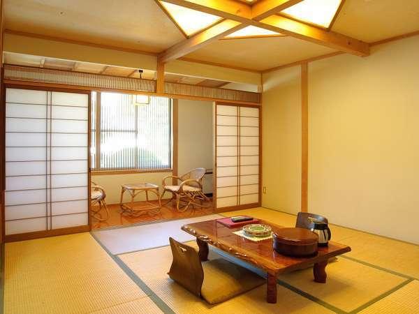 【本館客室 松風】数寄屋造りをお愉しみいただけるよう、各部屋にこだわりのデザインを施しています