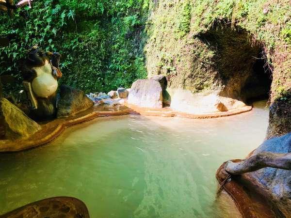 大洞窟の宿 湯楽亭