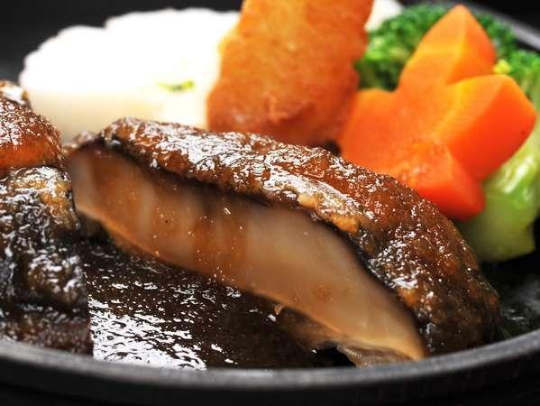 超肉厚でヘルシ~美味しぃ~名物の椎茸ステーキ♪