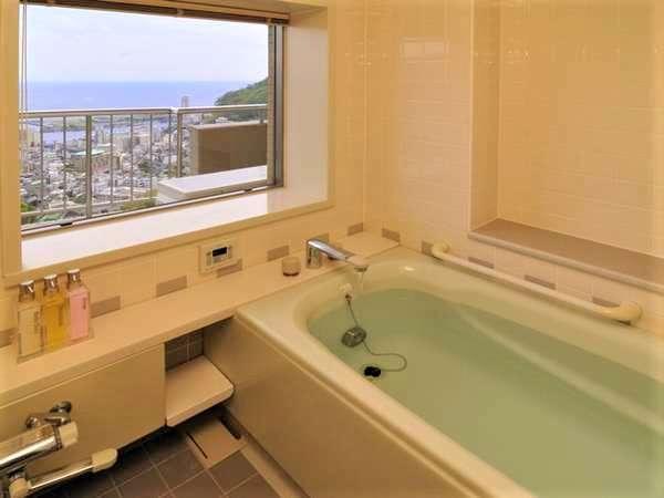 【ビューバス】相模湾が一望できる客室のお風呂