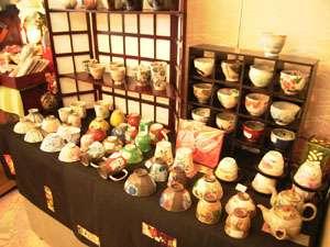 *お土産処には陶芸品も置いてございます。