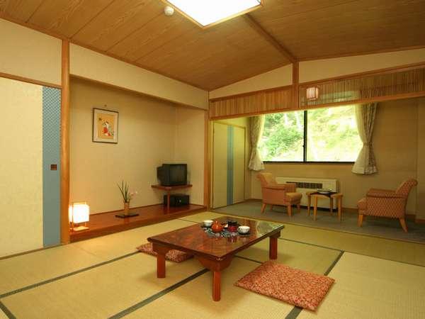 *和室(一例)落ち着く和室で、足を伸ばしてゆったりとおくつろぎください。