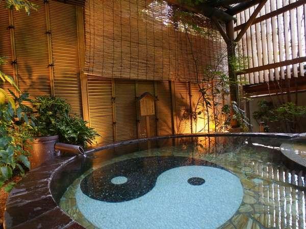 【トルマリン露天風呂】源泉100%かけ流しの美人の湯。リフレッシュ効果抜群♪