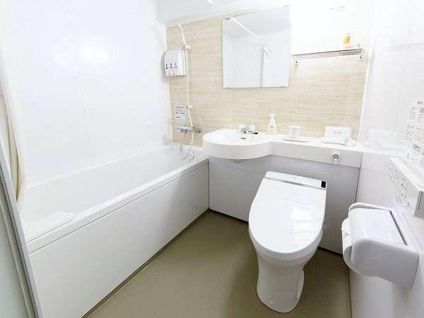 【浴室】全室広めの浴槽を設置しております。