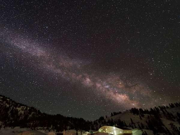星空と立山荘
