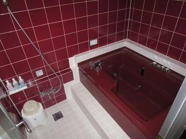 ★デラックスツインルームのお風呂…ゆったり浴槽はジェットバス付!