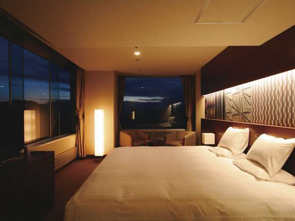 【スーペリアコネクト】4名定員 リファインされたゆったりくつろげる贅沢なお部屋です