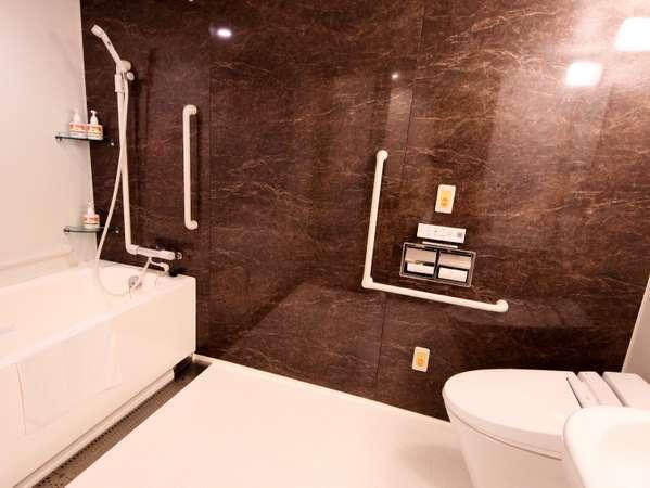 ワイドダブルルーム浴室