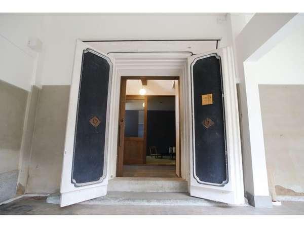 離れの蔵のお部屋 1階、2階とメゾネットタイプ①
