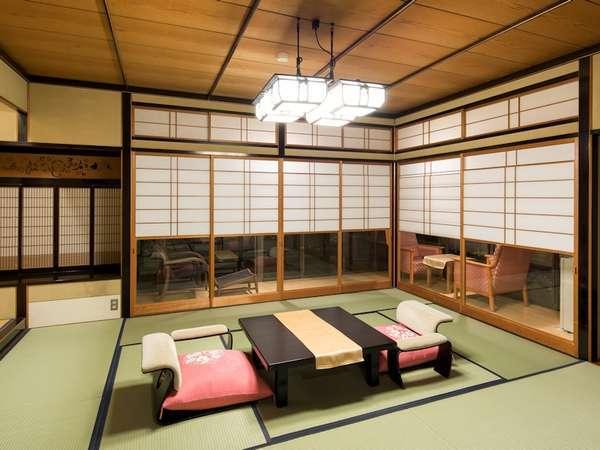 【3階特別室 客室一例】特別室は通常より広いお部屋で、庭付き、くつろぎルーム等数タイプございます。