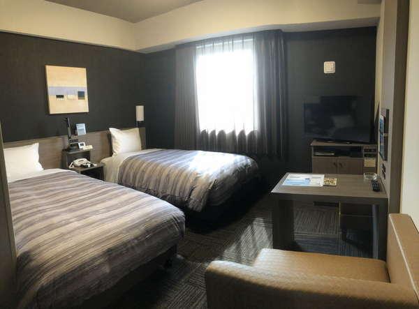 【ツインルーム】ベッド幅⇒110cm Wi-Fiスポット設置、WOWOW視聴可能