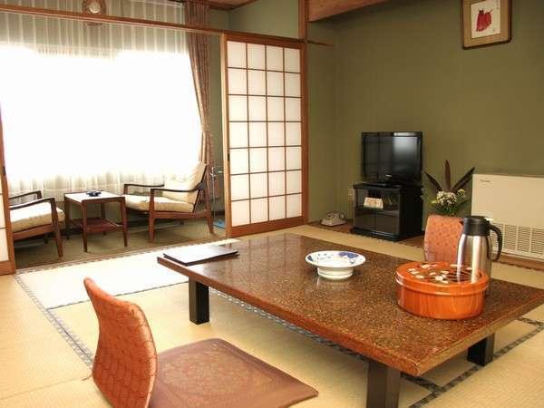 和室(8畳と10畳タイプがございます)