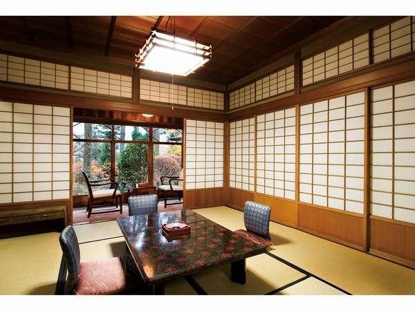【本館】飛騨の匠の技と昭和のロマンを堪能する、登録有形文化財のお部屋