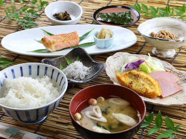 ■【ご朝食一例】バランスよく健康に意識した手作り朝ごはん