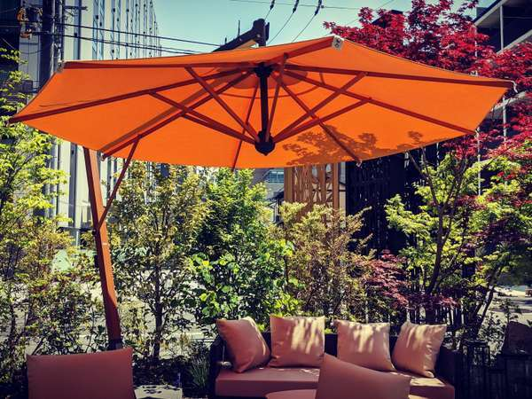 レストランのテラス★天気のいい日に朝食やフリードリンクをいただきながらのんびりで最高!