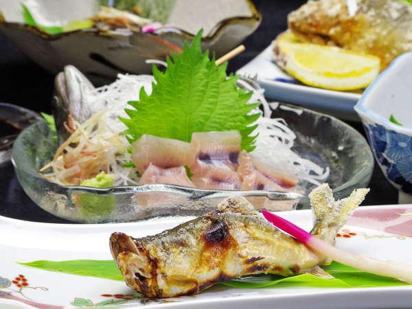 *長良川の鮎は日本一に3度輝いています。そんな天然鮎をふんだんに使った鮎のコースです。