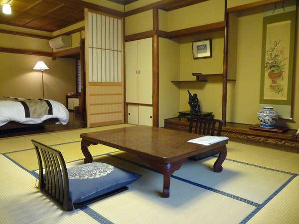 白樺の間善光寺仲見世通りを見渡せるお部屋です。