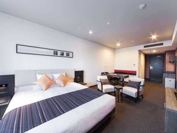 スタンダードキング広々32平米広々ベッドでゆったり♪