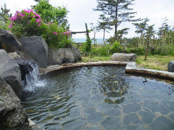 *夕陽温泉WAO/潮の香り漂う野趣に富んだ露天風呂は『WAO』ならではの醍醐味です!