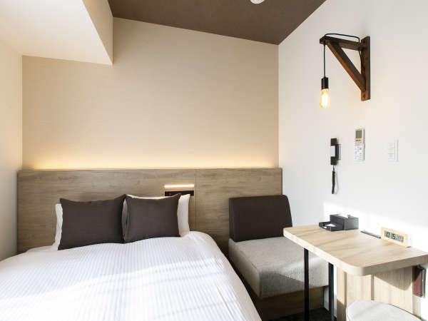【客室】ダブルルーム/禁煙/16㎡/160cm幅ベッド1台