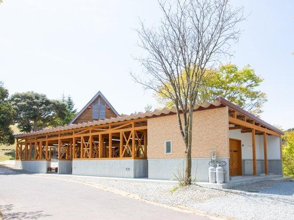 *【BBQテラス】2021年4月Newオープン!屋根付き屋外テラスだから快適にBBQを楽しめます。