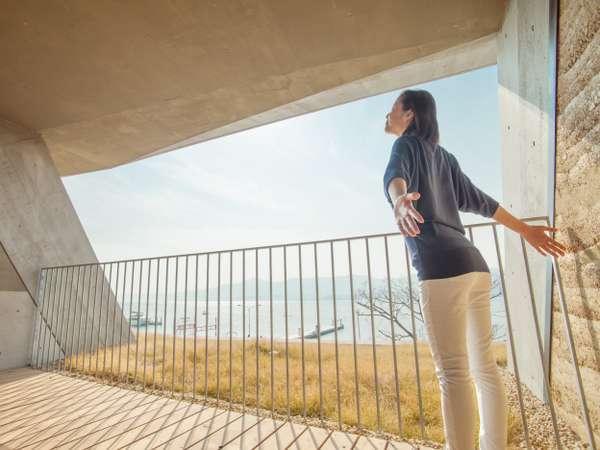【全室/バルコニーテラス】琵琶湖を渡る自然の風を全身に浴びてリラックス
