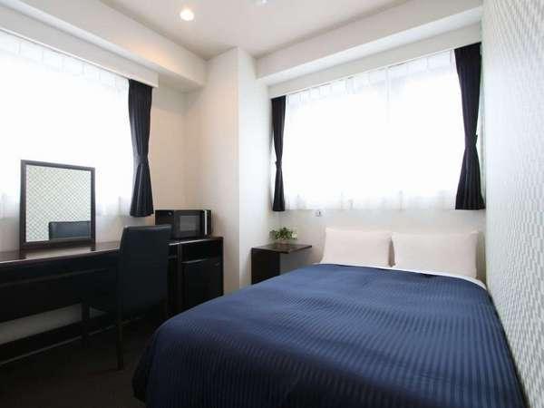 全室セミダブルベッド/客室10㎡/ベッドサイズ:120×200cm/最大人数:2人/客室数:43室/禁煙ルーム:有