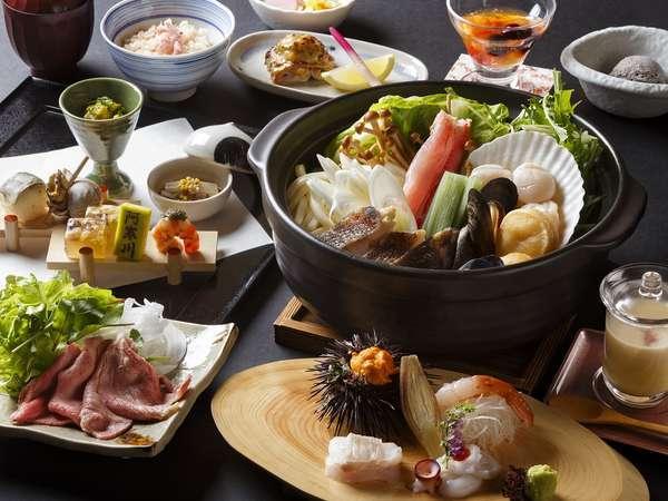 ◆夕食◆川を望むレストランにて、北海道の海の幸、山の幸を贅沢にあしらった和食会席を嗜む。
