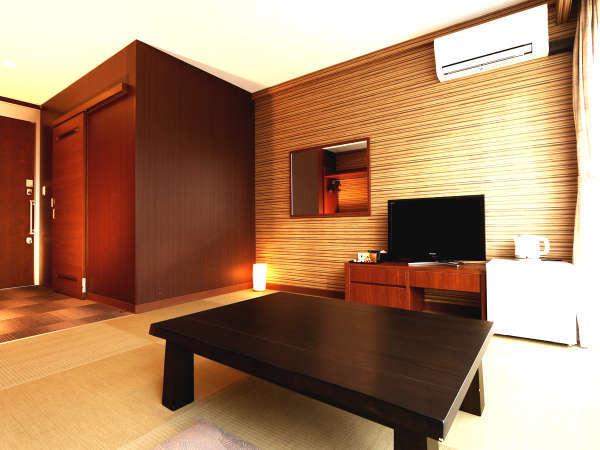 和室8畳(琉球畳)プライベートを大切にすべくお客様ご自身にお布団を敷いていただいております